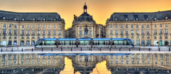 Ecole de commerce à Bordeaux